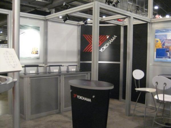 RE-9025 Rental Exhibit / 20� x 20� Island Trade Show Display � Image 12